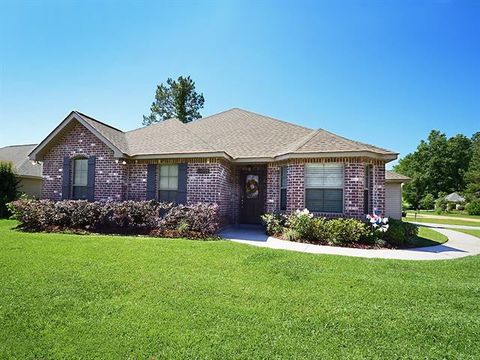 Photo of 44122 Washley Trace Cir, Robert, LA 70455