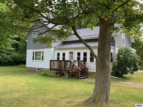 Photo of 21744 29 1/2 Mile Rd, Springport, MI 49284
