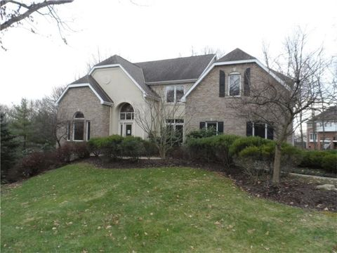 238 Edelweiss Dr, McCandless Township, PA 15090