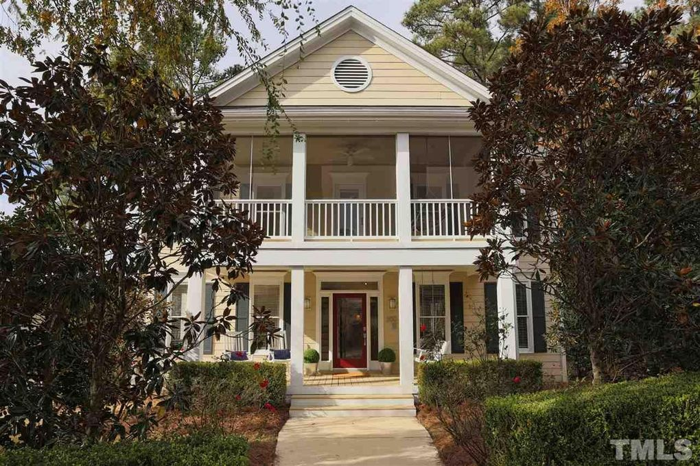 300 Highgrove Dr, Chapel Hill, NC 27516