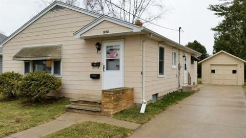 3 Bedroom Homes For Sale In Parkway Appleton Wi