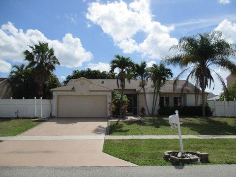 9940 Robins Nest Rd, Boca Raton, FL 33496