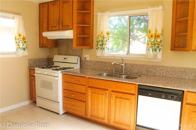 15943 Kalisher St, Granada Hills, CA 91344