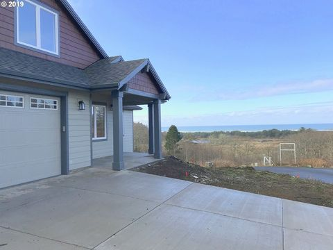 Photo of 6375 Pelican Point Dr, Neskowin, OR 97149