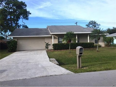 2311 Aldridge Ave, Fort Myers, FL 33907