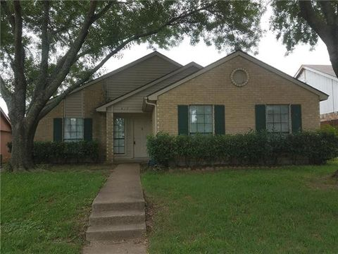 Photo of 817 Bailey Dr, Cedar Hill, TX 75104