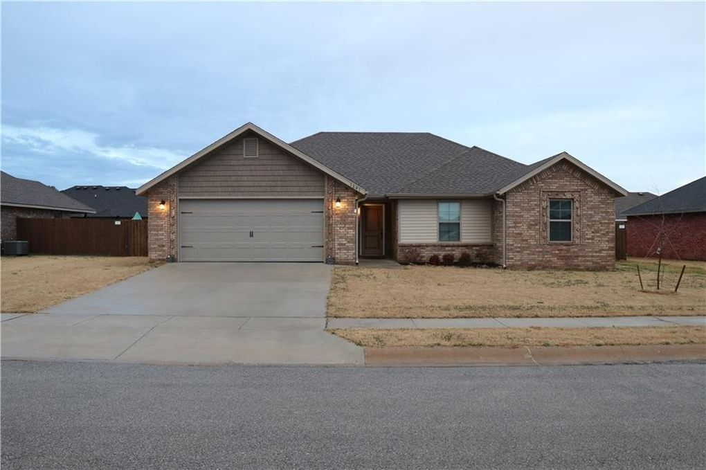1641 Affirmed Ln, Prairie Grove, AR 72753