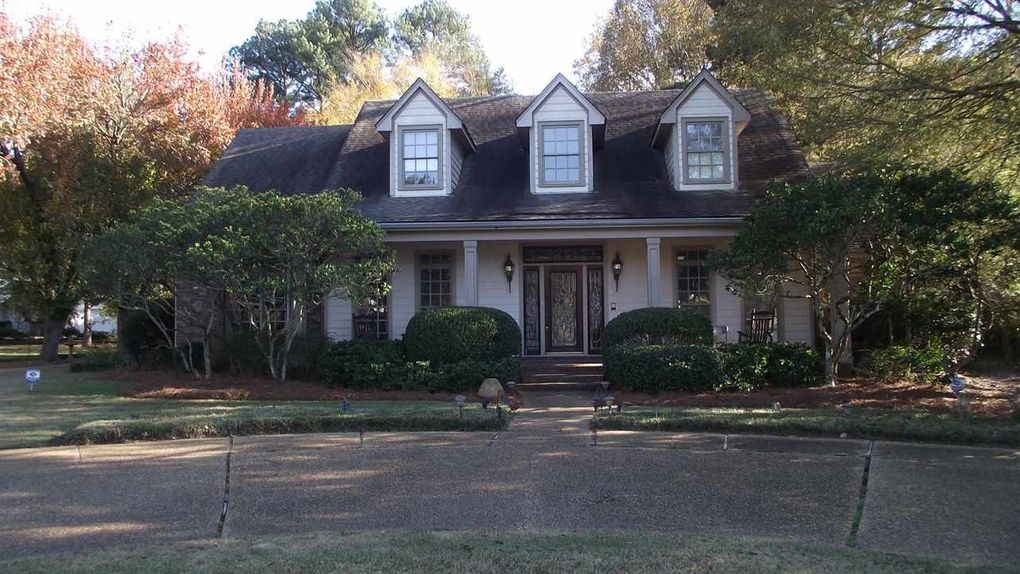 434 Forest Lake Pl Madison, MS 39110