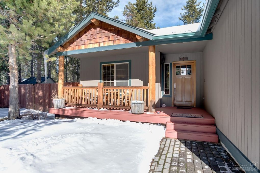55518 Gross Dr, Bend, OR 97707