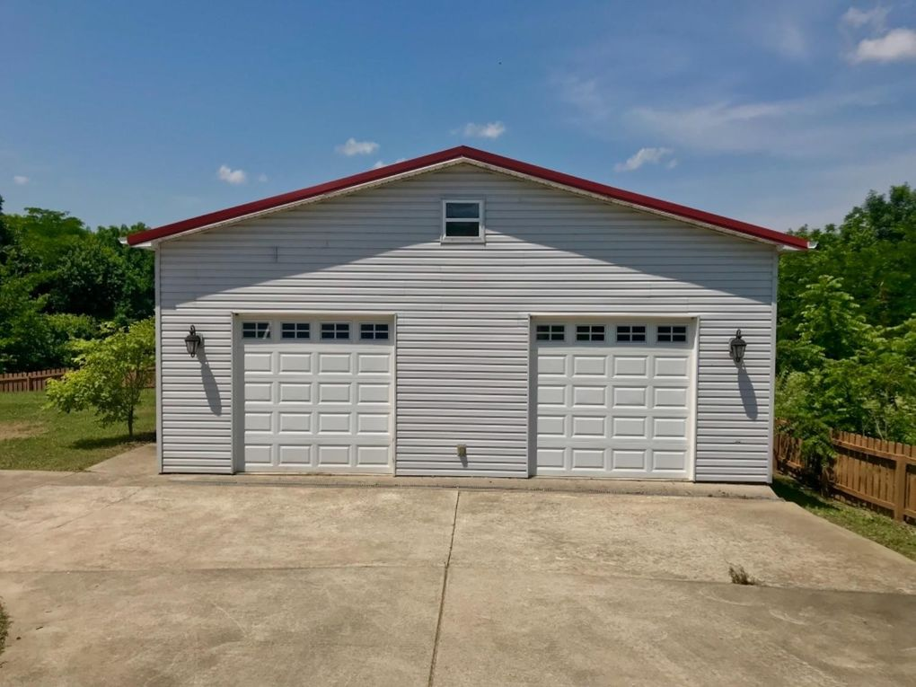2322 Red House Rd, Richmond, KY 40475