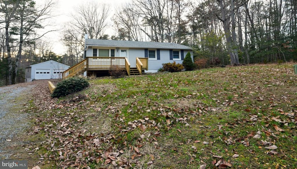 18379 Three Notch Rd, Lexington Park, MD 20653