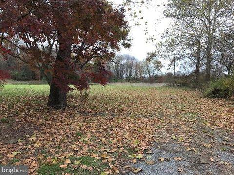Photo of 41 Shanahan Ln, Chesterfield, NJ 08515