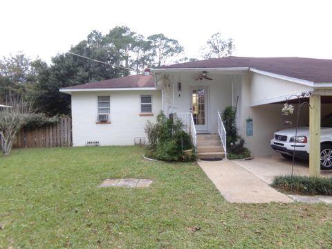 Photo of 298 Dixie St, Crestview, FL 32536