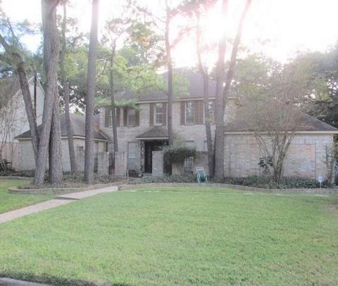 Photo of 12703 Misty Valley Dr, Houston, TX 77066