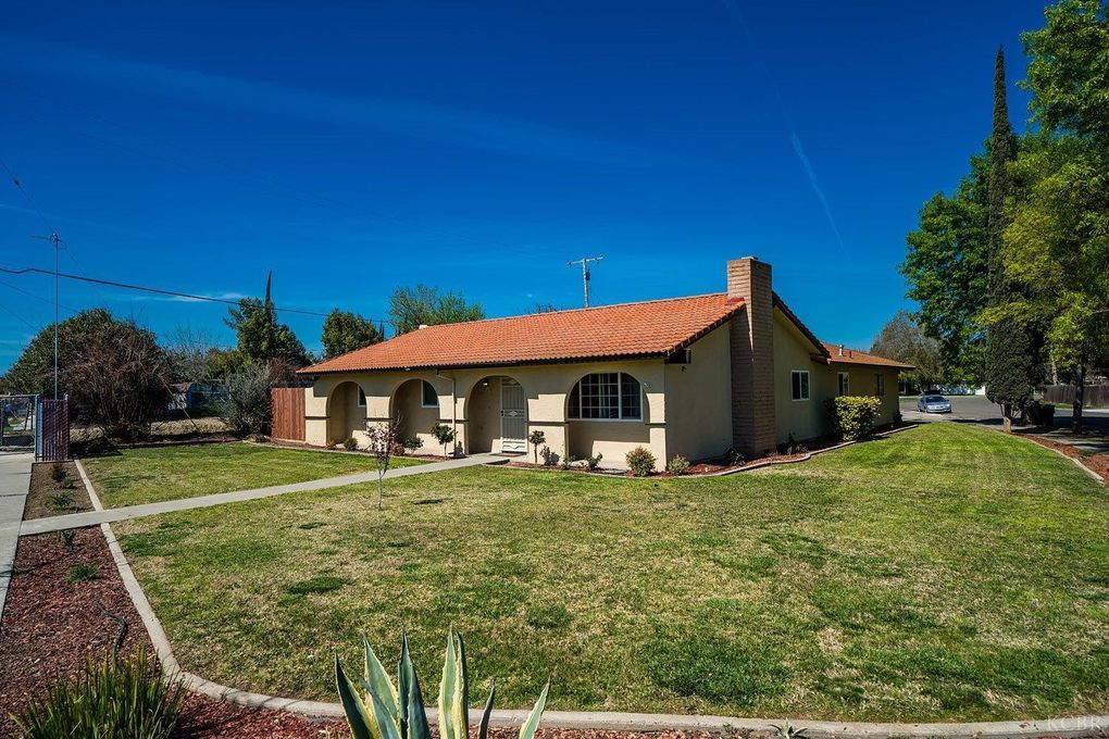 800 W Mulberry Dr, Hanford, CA 93230