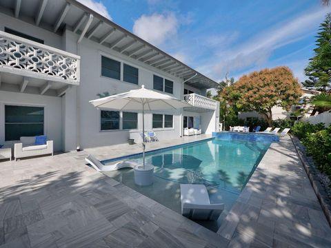 Photo of 115 Linda Ln Apt 1, Palm Beach Shores, FL 33404
