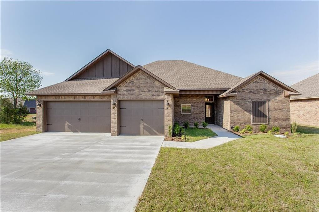 8105 Finches Grove Rd, Fort Smith, AR 72916