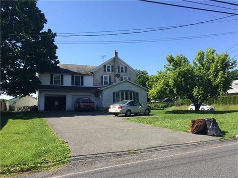 1565 N Brookside, Lower Macungie Township, PA 18062