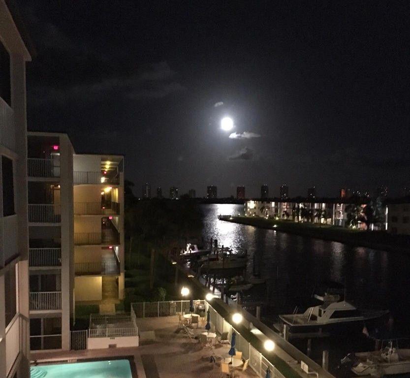 108 Paradise Harbour Blvd Unit 3 Rdfloor , 8, North Palm Beach, FL 33408