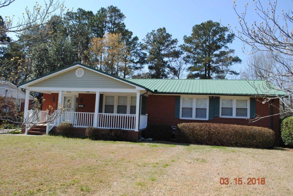 709 Waltmore St, Jacksonville, NC 28540