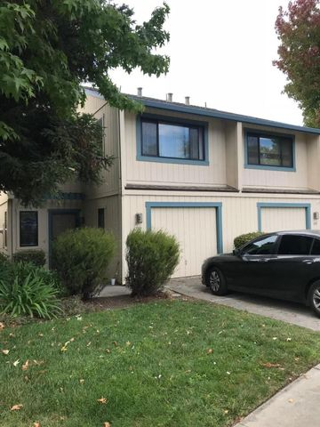 Gilroy, CA Condos & Townhomes for Sale - realtor.com®