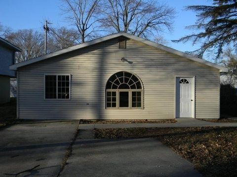115 W Olive St, Pontiac, IL 61764