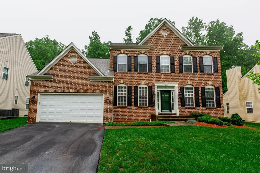 8615 Wendy St Clinton, MD 20735