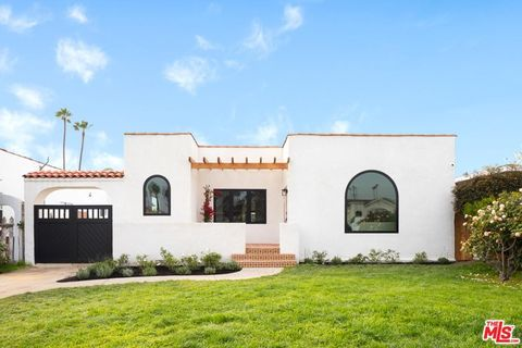 3021 10th Ave, Los Angeles, CA 90018