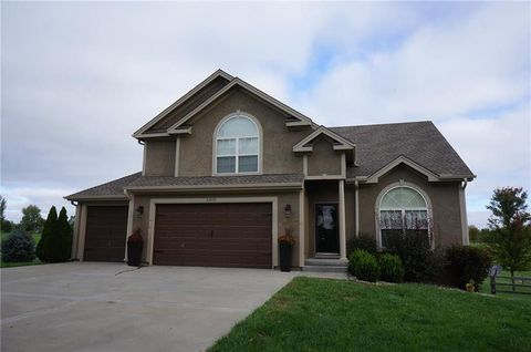 Photo of 26820 E Heidelberger Rd, Independence, MO 64016