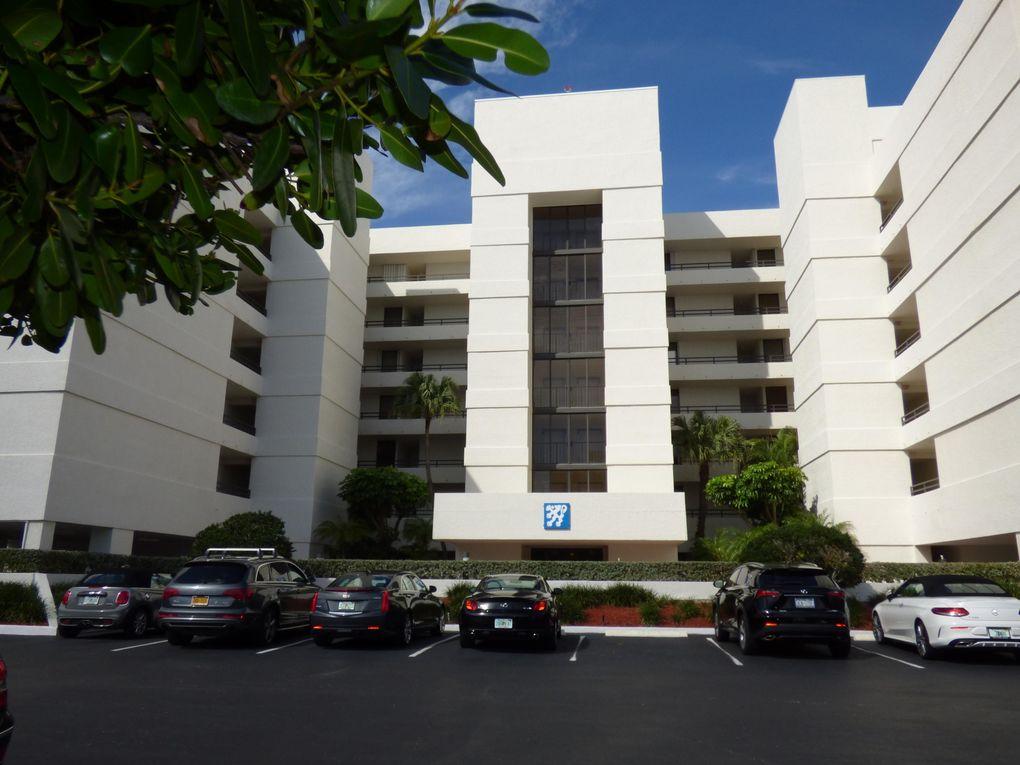 3555 S Ocean Blvd Apt 315, South Palm Beach, FL 33480