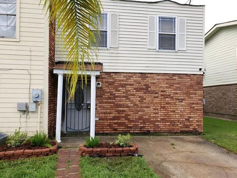 Photo of 6657 Harbourview Dr Unit 1, New Orleans, LA 70126