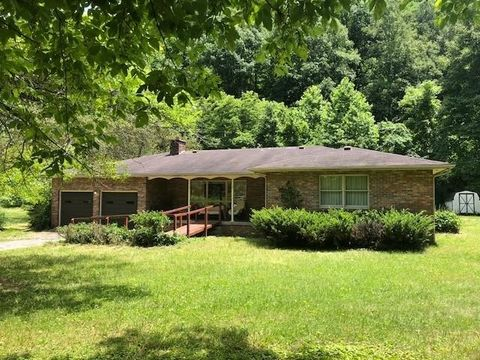 13366 Route 805, Jenkins, KY 41537