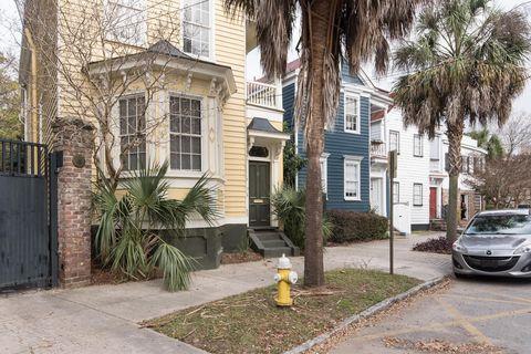 Photo of 12 Elizabeth St Apt C, Charleston, SC 29403