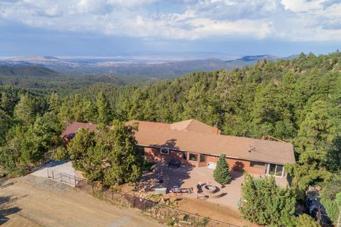 2820 Spruce Mountain Rd, Prescott, AZ 86303