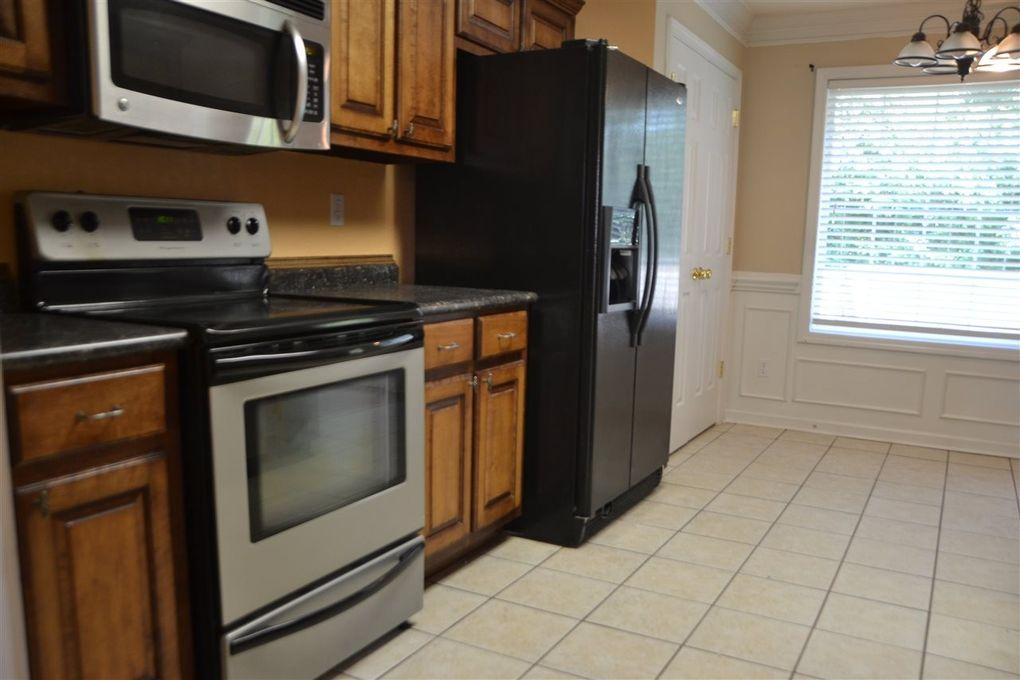 Kitchen Cabinets Jackson Tn 154 turtle creek dr, jackson, tn 38305 - realtor®