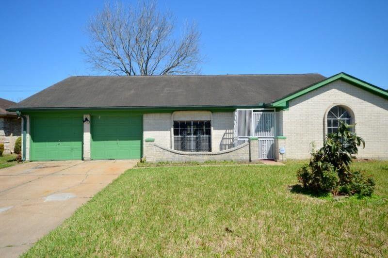 6606 Laughlin Dr Houston, TX 77489