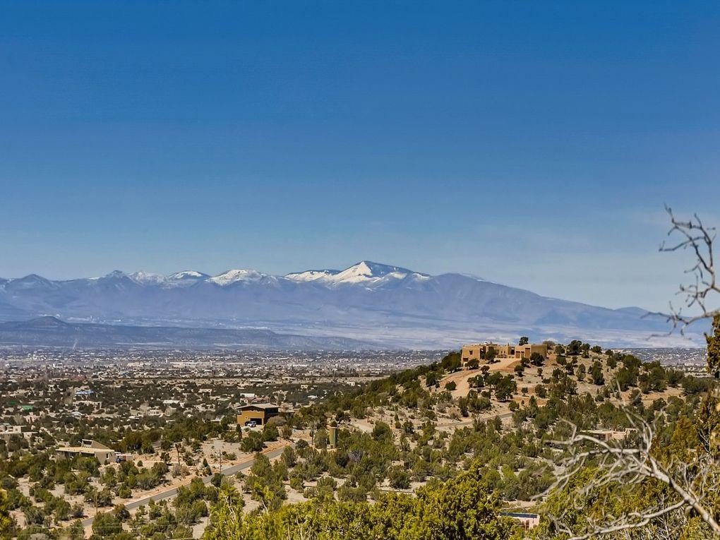 89 Coyote Xing Santa Fe, NM 87508