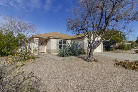 Photo of 2654 W Calle Senor Roberto, Tucson, AZ 85741