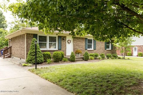 Photo of 6522 Manassas Dr, Pewee Valley, KY 40056