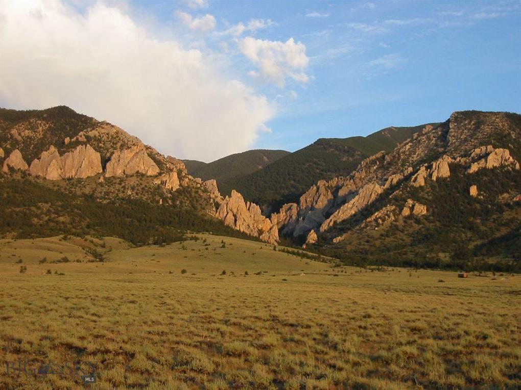 837 Meeteetsee Trail Rd Belfry, MT 59008