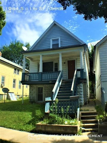 Photo of 1944 S 11th St Unit Upper, Milwaukee, WI 53204