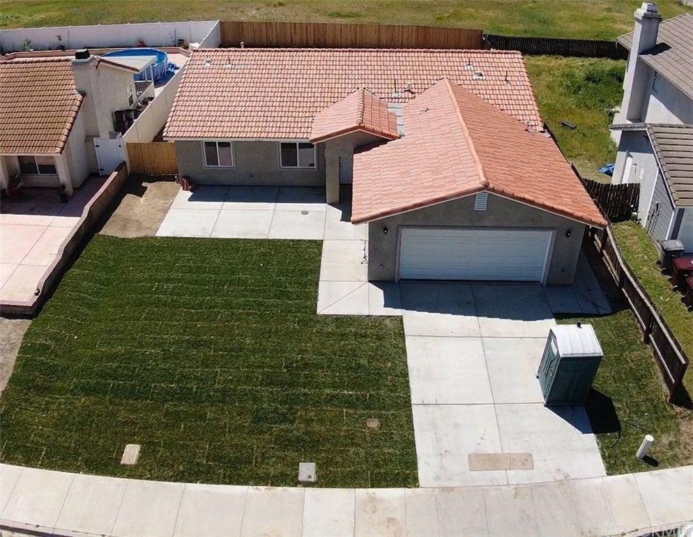21565 Windstone Way Perris, CA 92570