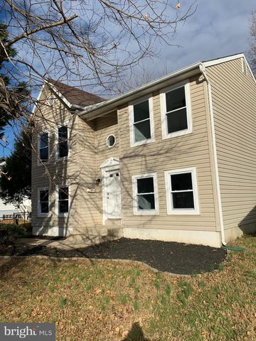 Photo of 5004 Somerset Rd, Riverdale, MD 20737
