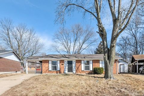 Photo of 1921 Courtyard Pl, Florissant, MO 63031