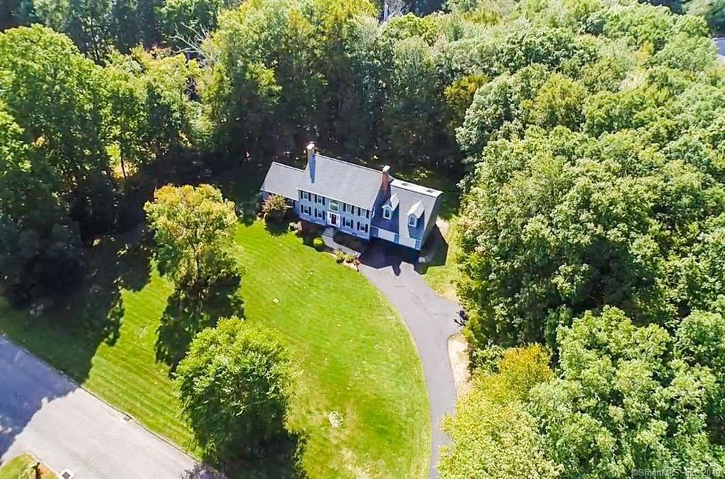 17 Ruops Rd Tolland, CT 06084