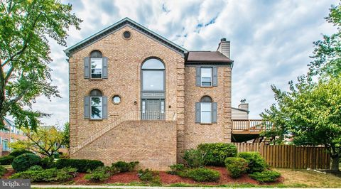 Photo of 6031 Wescott Hills Way, Alexandria, VA 22315