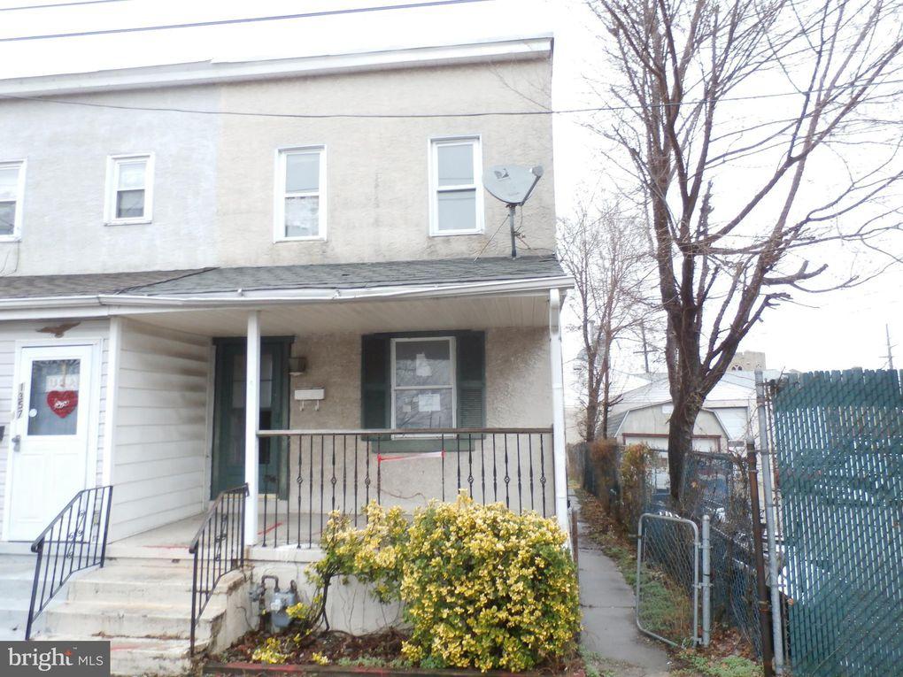 1355 Green St Linwood, PA 19061