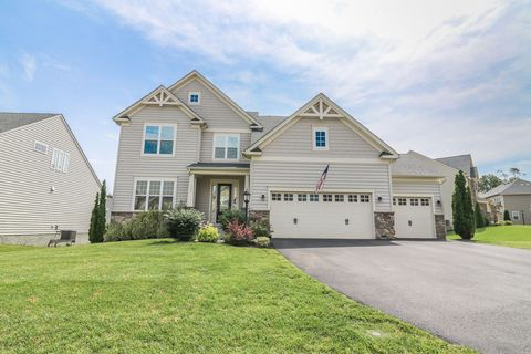 Photo of 9005 Enochs Ct, Gainesville, VA 20155