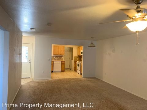 Photo of 1224 Purdue Ave Apt B, Clovis, NM 88101