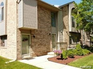 Photo of 42803 Lilley Pointe Dr Unit 139, Canton Township, MI 48187